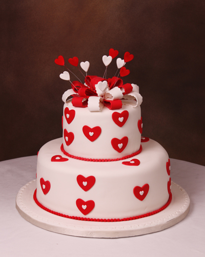 White Red Hearts Eddas Cake DesignsEddas Cake Designs